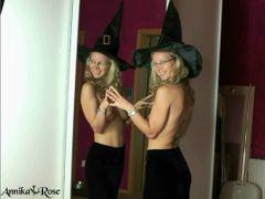 Die Halloweenhexe ist da!
