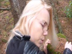 Heimliches und geiles Treffen im Wald