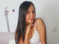 SaraKinky LiveCam
