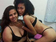 Paula+Samantha LiveCam