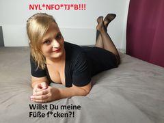 NYLONFOOTJOB!!! Willst Du meine Füße ficken?!