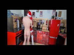 Santas Bitch anal entjungfert.