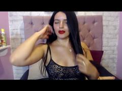 Heiße Latina spielt hart mit ihrer Muschi