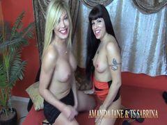 Amanda Jane hat Spass mit Transe und einem Freund - Teil 2 von 2