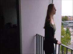 Public Fick auf Balkonien!