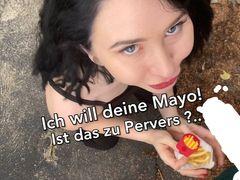 Ich will deine Mayo!!! Ist zu Pervers? Public Sperma essen