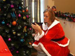 Weihnachtsblowjob mit Analplug