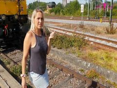 Auf dem Bahnhof gepisst und 2 weitere geile Piss-Szenen