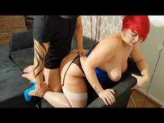 Redhead - Hardcore Sex in weißen Nylons