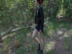Mein erstes NS Video! Besser als jeder Orgasmus! Pissen im Wald