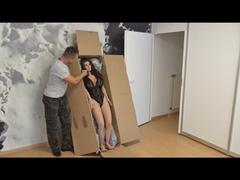 Sandra Sturm VS. Sex Puppe
