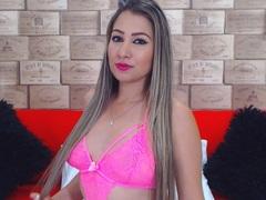 BlondeLissy LiveCam