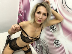 AbbieDeluxe LiveCam