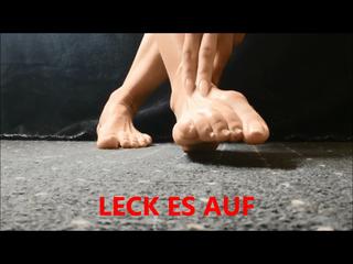 LECK ES AUF