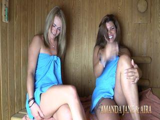 Amanda und Aira - Bi-Spiele mit Sperma in der Sauna