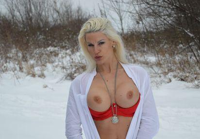 Sexcam von Blanche komm und besuche sie live im Sexcam Chat