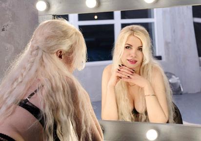 Bereit auf heisse Blonde?;)