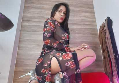 AlessiaRossith - BiGirl, Piercings