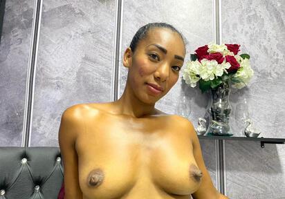 Sexcam von SamanthaEbony komm und besuche sie live im Sexcam Chat