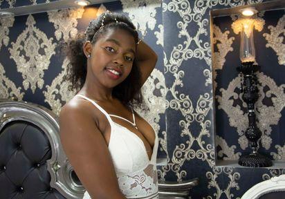 Sexcam von JadaZulu komm und besuche sie live im Sexcam Chat
