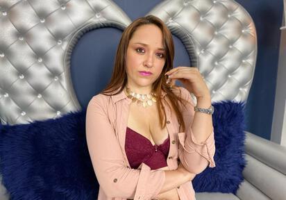 Sexcam von AuroraMatureini
