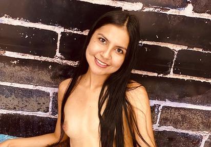 live Sexcam Chat mit CarolinaX