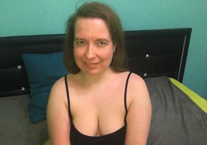 zeigefreudig und hemmungslos - Vorschaubilder von SexyAmyX