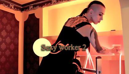 Sexy Arbeiterin 2