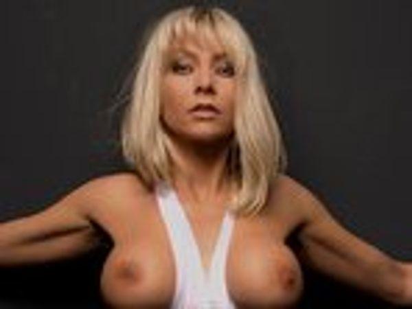 Wunschvideo: Pussy-Pflege