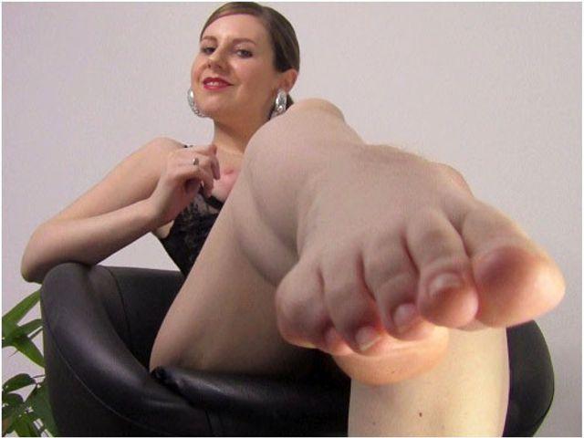Leck meine Füße und meinen Arsch