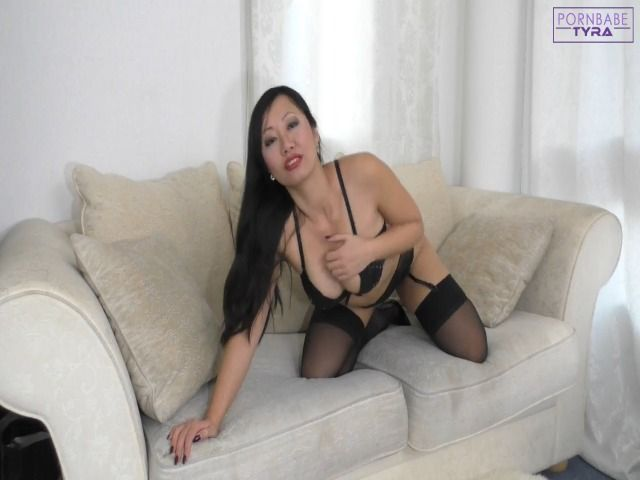 Versautes Porn Babe fickt dich lustvoll anal