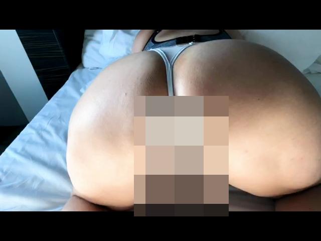 Großer Arsch - Big Butt Posing ... liebst du große Ärsche?