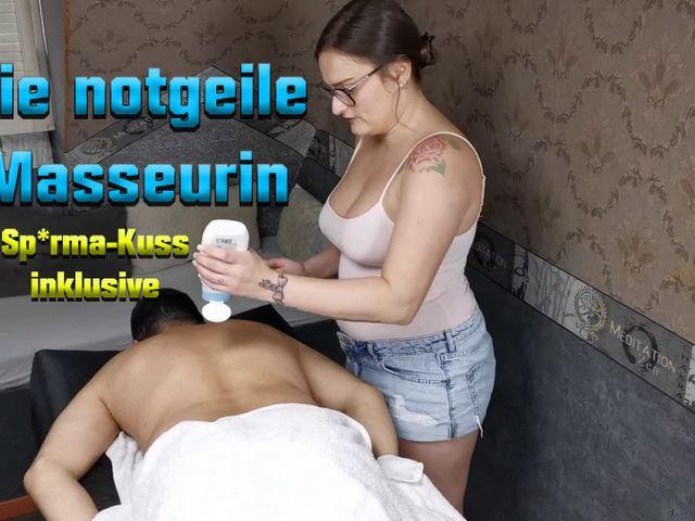 Die notgeile Masseurin. Sperma-Kuss inklusive ;)