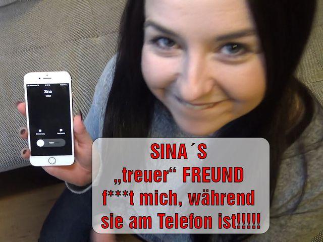 """SINA'S """"treuer"""" FREUND fickt mich, während sie am Telefon ist!"""
