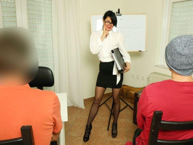 Skandal !! Professorin zum Arschfick verführt!
