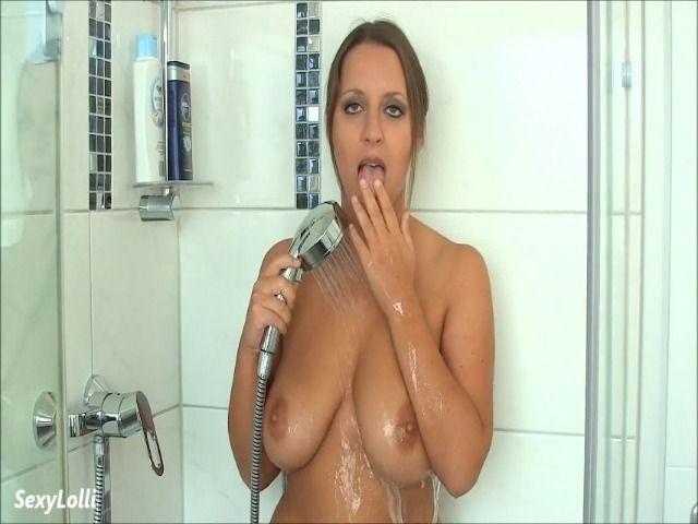 Nackt, nass und geil!