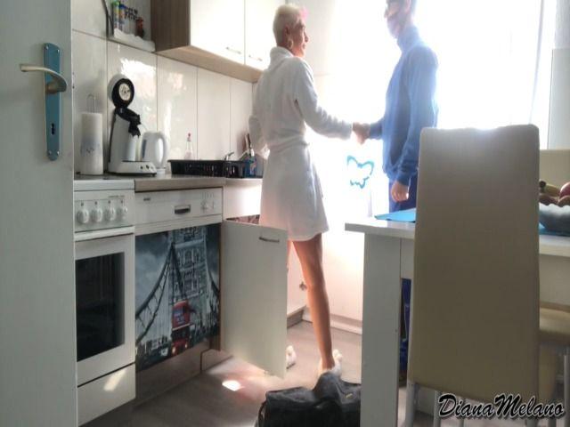 22 jährigen Klempner abgeblasen Sperma-Maulfotze-Face