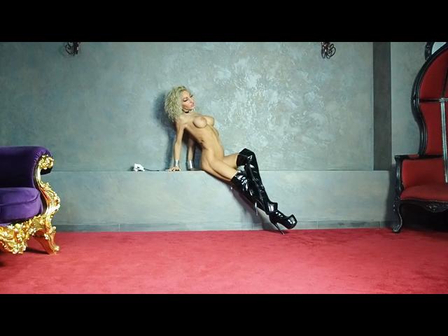 Lovely nude body