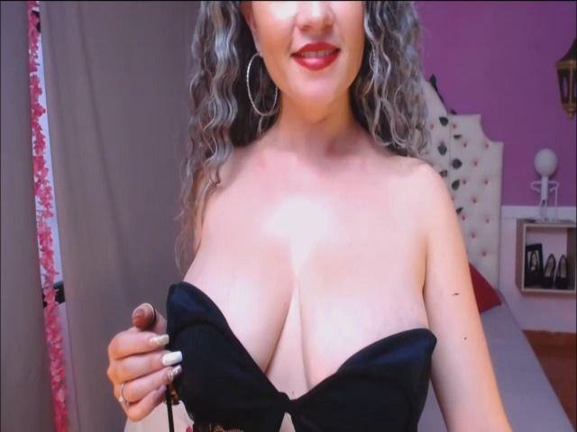 Strümpfe und Brüste