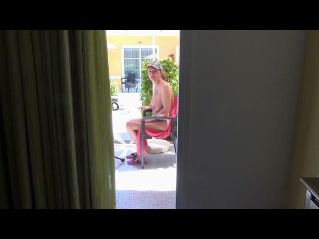 KRASS-Heimlich vom Hotelgast gefickt