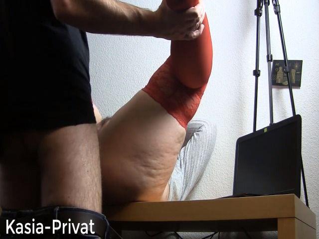 Orgasmus auf dem Schreibtisch